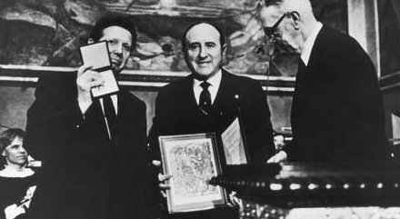 Dr. Bernard Lown and Dr. Evgueni Chazov accept the Nobel Peace Prize, Oslo, Norway, 1985